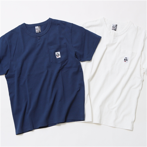 《CHUMS》別注 BUTTON HENLEY NECK POCKET T-SHIRT